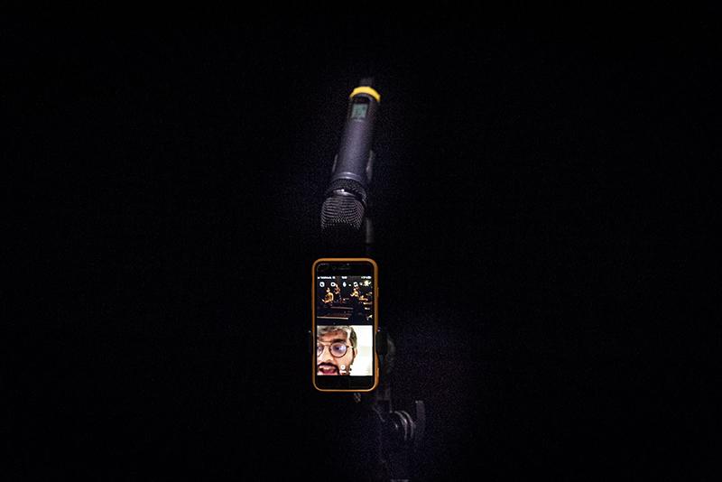 Dirty Debüt S2#8-romantic comedy | Blithe Spirits by Liina Magnea with Abhinit Khanna | Photo © Anna Agliardi