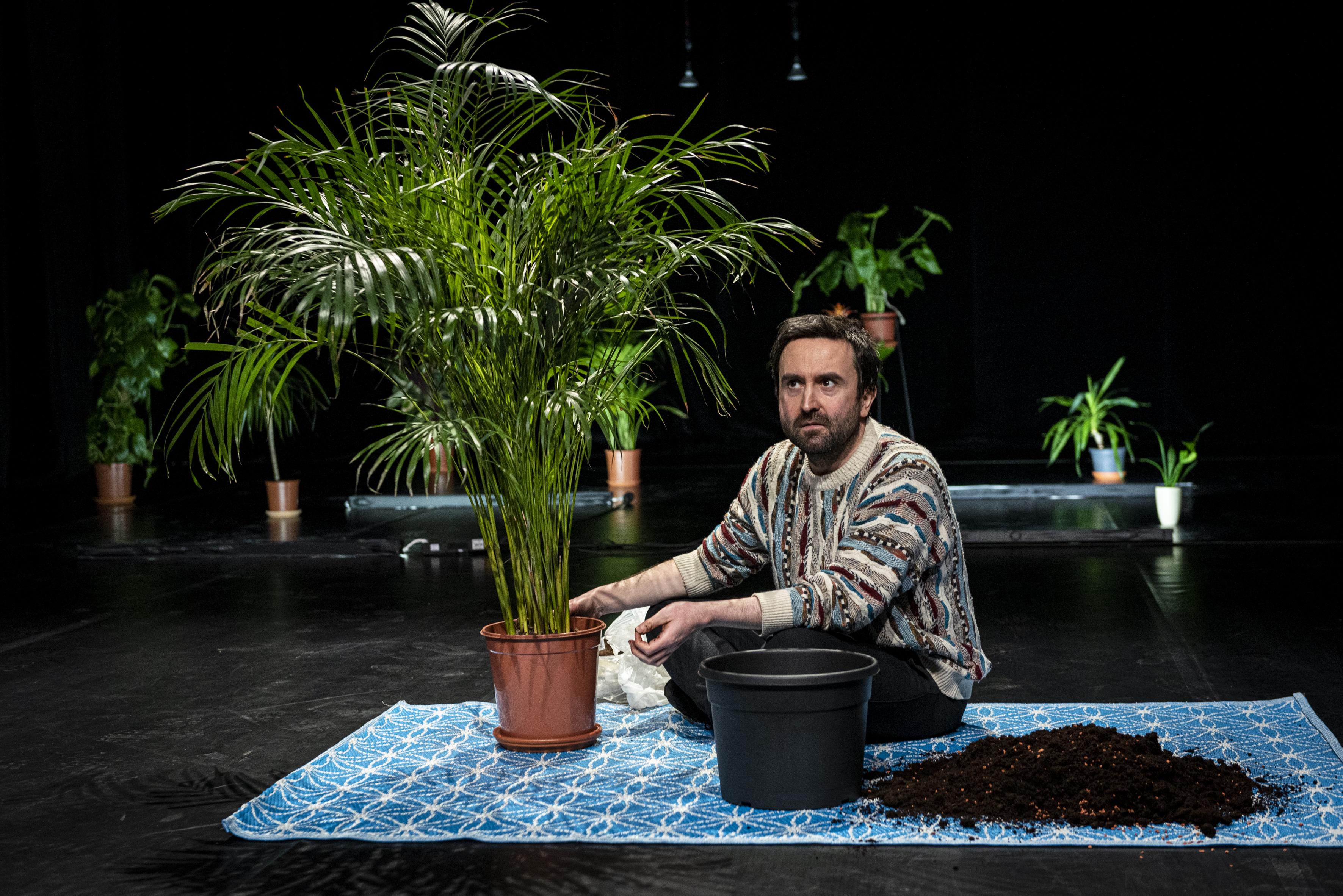 Dirty Debüt S2#8-romantic comedy | We have to talk by Romuald Krężel with René Alejandro Huari Mateus, Tamara Antonijević | Photo © Anna Agliardi