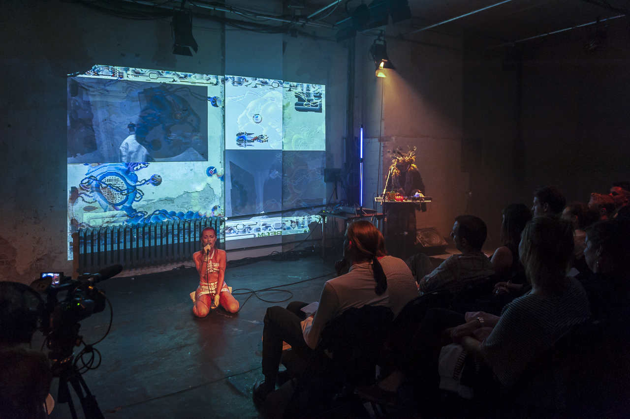 Dirty Debüt S1#1-Urine | Baby Punk ft. Dr. Babuyoka by Laura Genevieve Jones + Alex Linton |Photo © Anna Agliardi